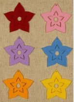 Filcfigura - Virág vágott szirmú lyukas közepű közepes (6 db/cs)